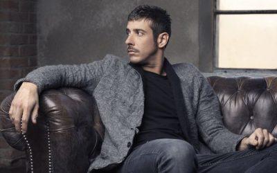 Francesco Gabbani Incursione in conferenza stampa