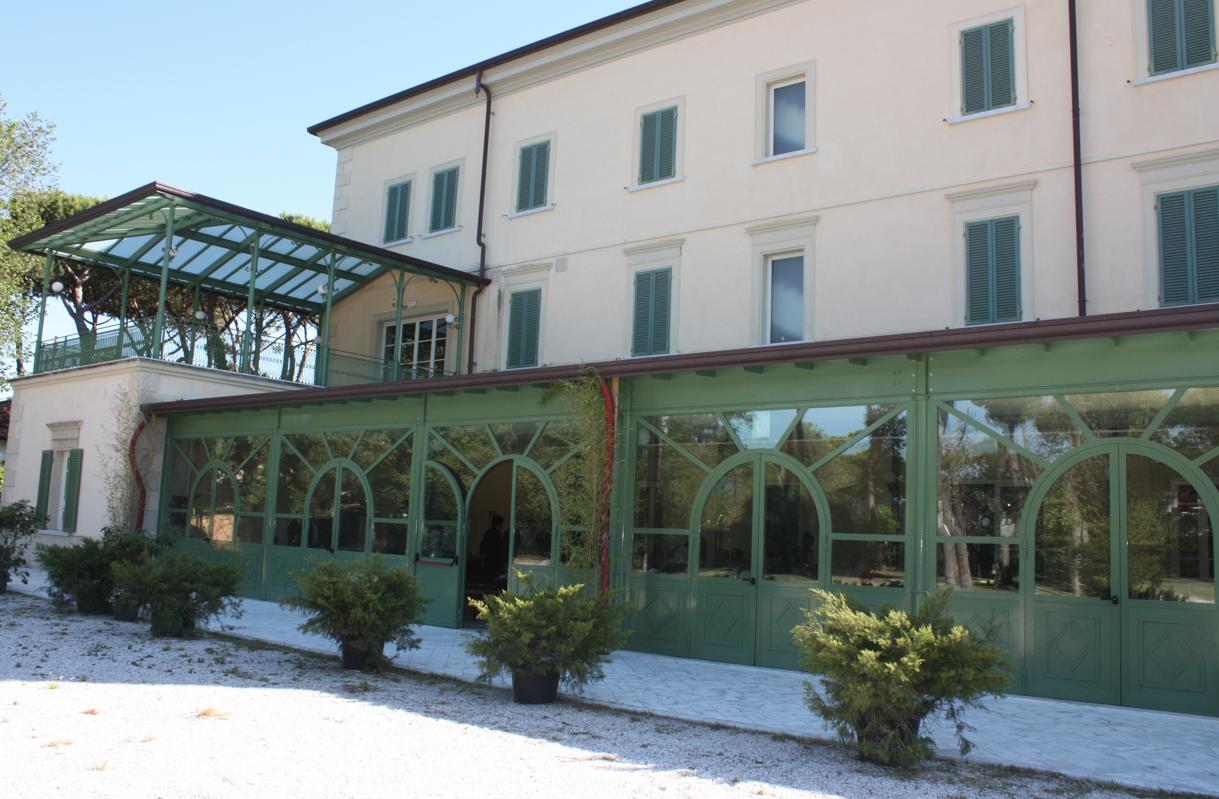 La fondazione villa bertelli fondazione villa bertelli forte dei marmi - Il giardino forte dei marmi ...