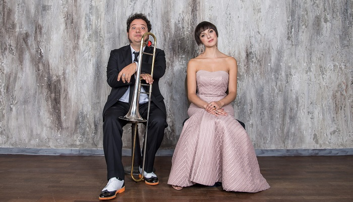 Simona Molinari con Mauro Ottolini in una grande serata di jazz a Villa Bertelli